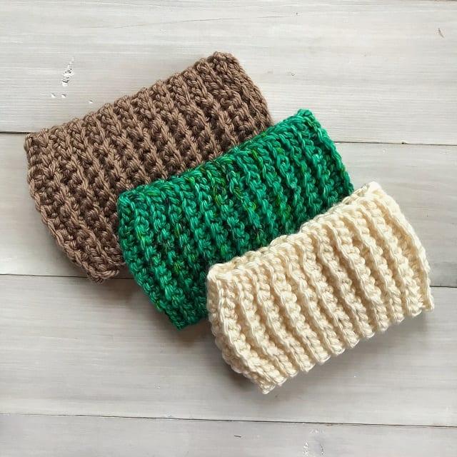 Textured Beginner Crochet Earwarmer Pattern by SymplyHookedByJanet.com
