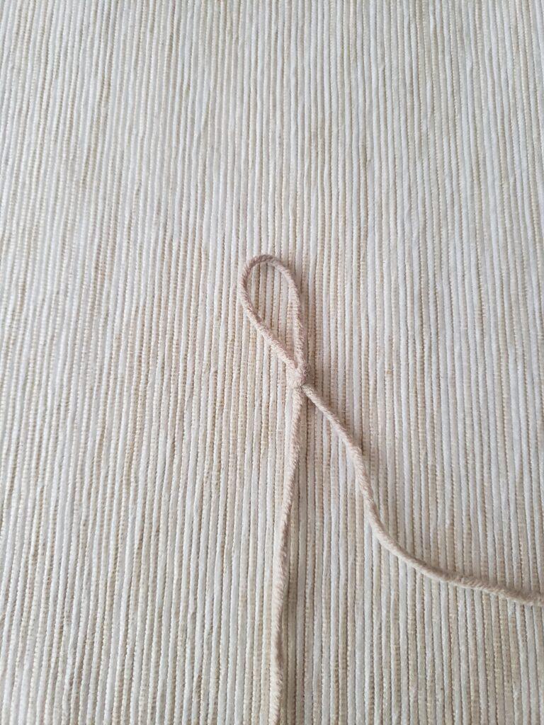 How to make slip knot in crochet